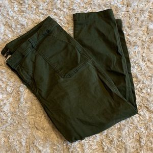 OLD NAVY OLIVE GREEN PIXIE PANTS